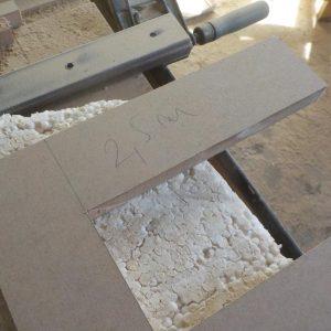 pentru litera volumetrica E sunt necesari 2,5 ml de bagheta din MDF de 1 cmgrosime
