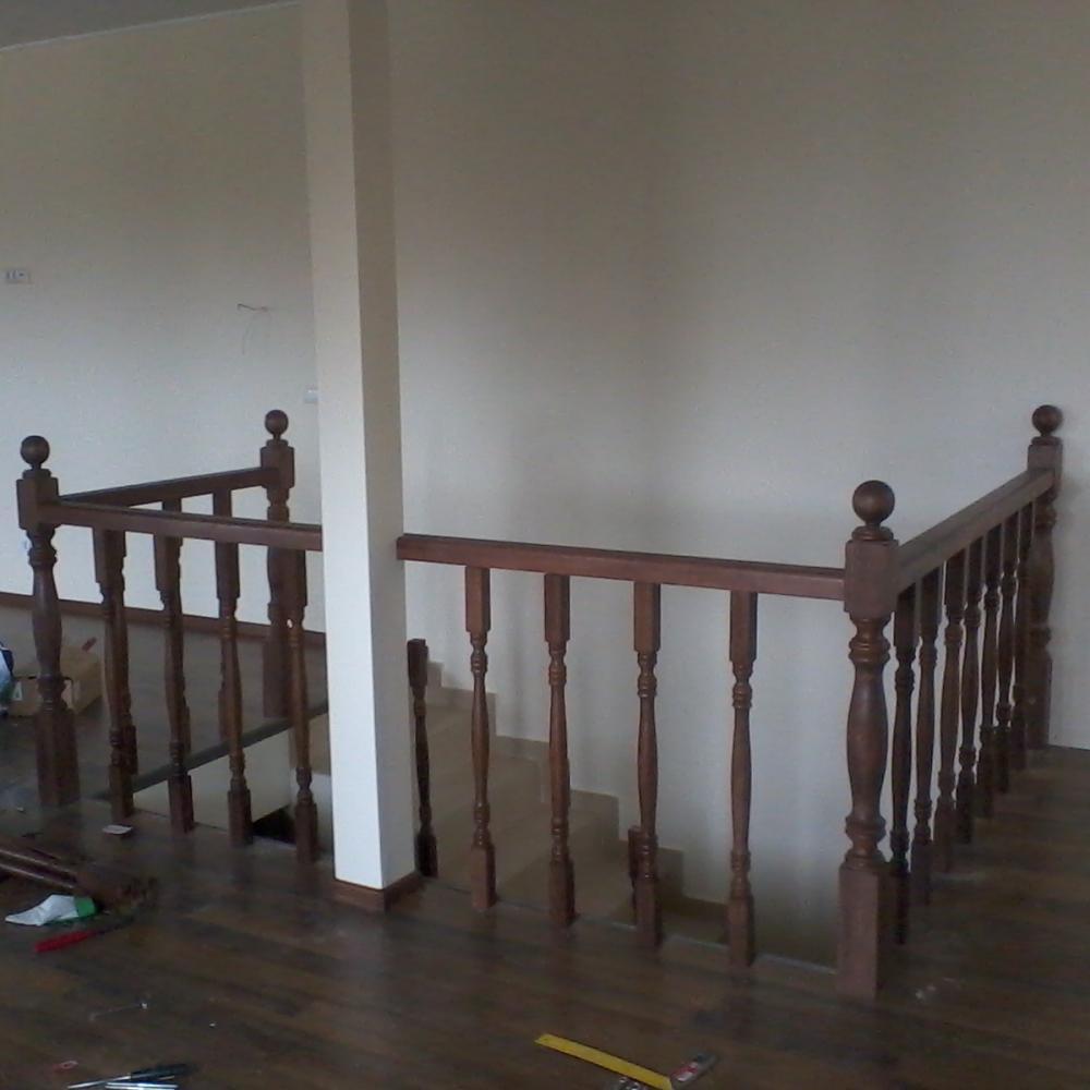 Sfaturi pentru montarea unei balustrade din lemn