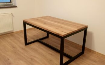 biroul cu cadru din fier si blat din stejar cu lamela continua a ajuns la destinatie
