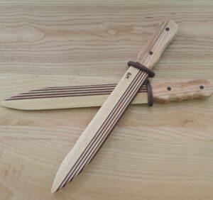 cutitele decorative din lemn de frasin in combinatie cu frasin termotratat